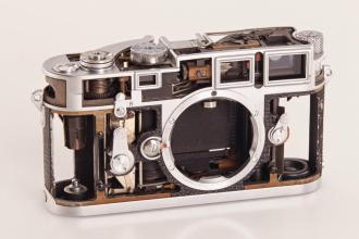 Leica M3 Cutaway (1)
