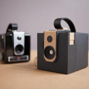 Brownie Pinhole, a Kodak Brownie Hawkeye de papel