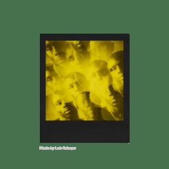 Polaroid Duochrome 600, instantâneos amarelo e preto 11