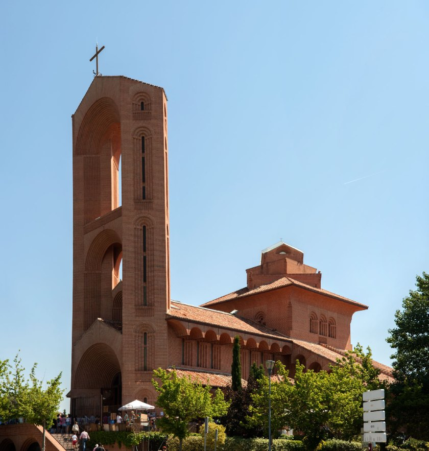 F_HIGUERAS_Iglesia-Sta-María-de-Cana_Pozuelo-1995-99_1
