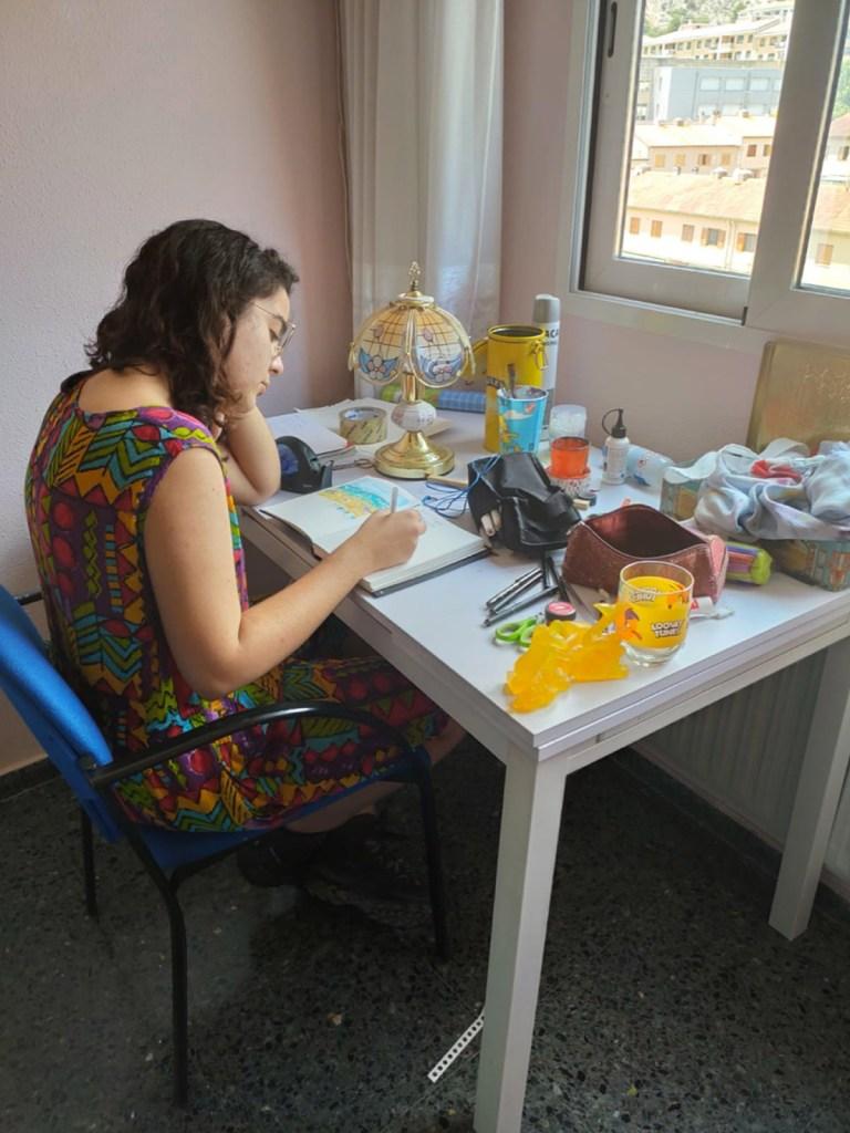 Alicia, 19 años, estudiante de Bellas Artes