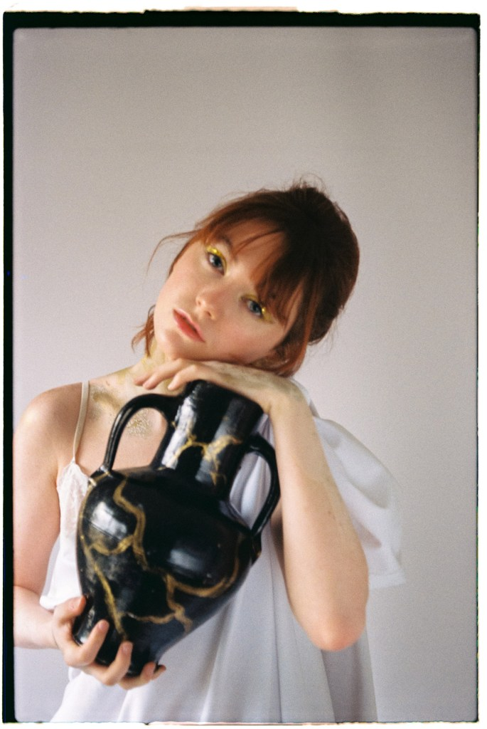 kintsugi-maria-jett-DXI-magazine-57-ana-08