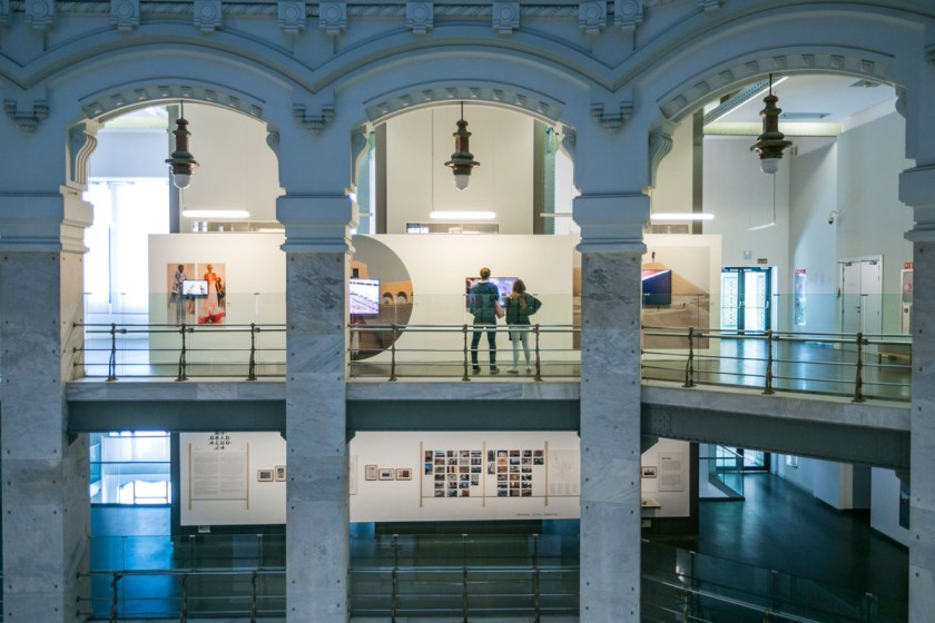 FireTalkWithMe. Recalibrando la manera de sentir, transmitir y comunicar Moda. CentroCentro, Madrid