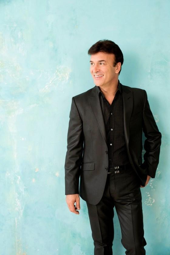 Tony Carreira Picture