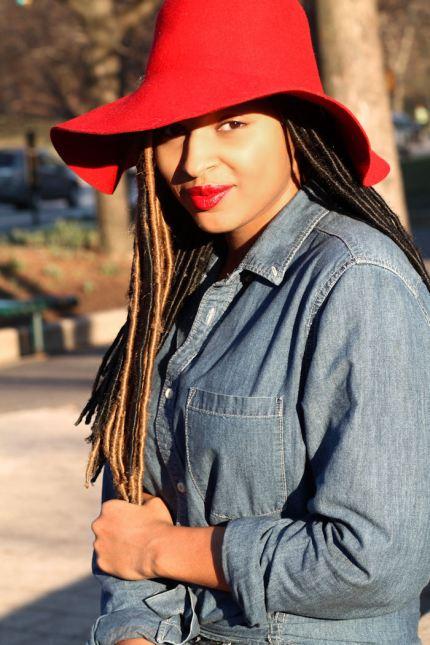 Dyandra-Raye-Red-Floppy-Hat-Red-Lip