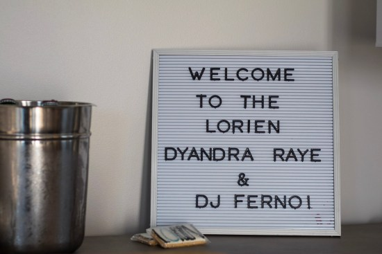 Blogger Welcome Sign