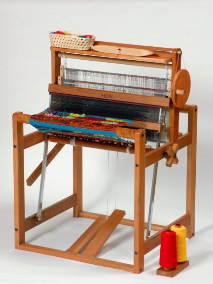 The CH60 SAORI loom from Dyeing To Weave
