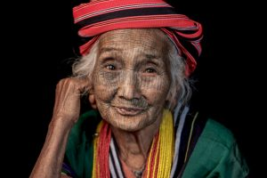 Myanmar Tattoo-faced Woman Shen Har