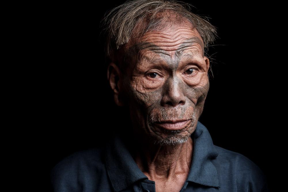Konyak Naga Facial Tattoo - Penlung