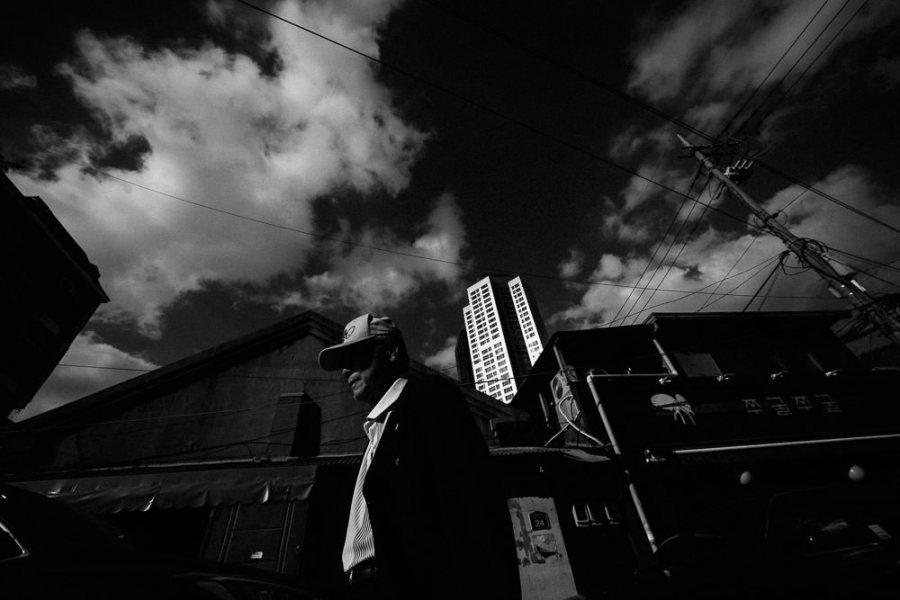 Laowa 9mm f/2.8 Zero-D Fujifilm Street Photography