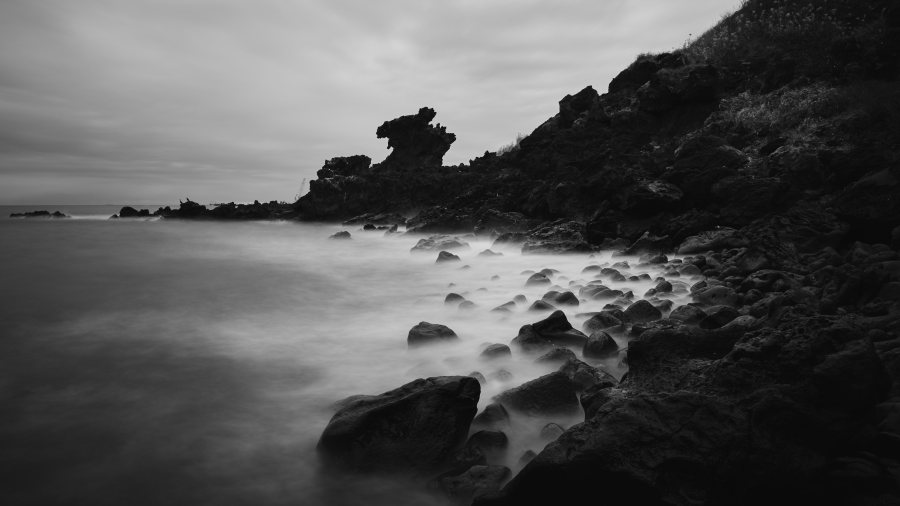 Yongduam - Dragon's Head Rock - Jeju Island - South Korea - Long Exposure Photography