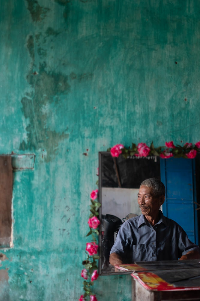 Barber Shop in Vietnam