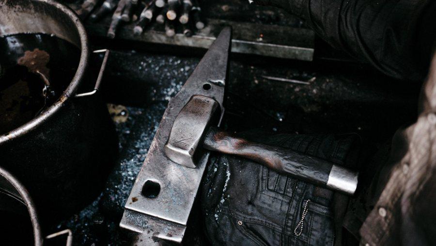 Hanoi Old Quarter Blacksmith - Nguyen Phuong Hung