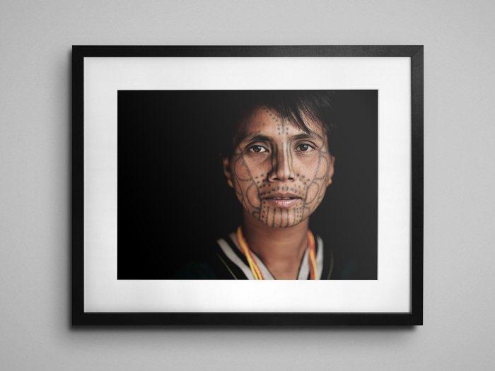 Thang Tee - Mün - Framed
