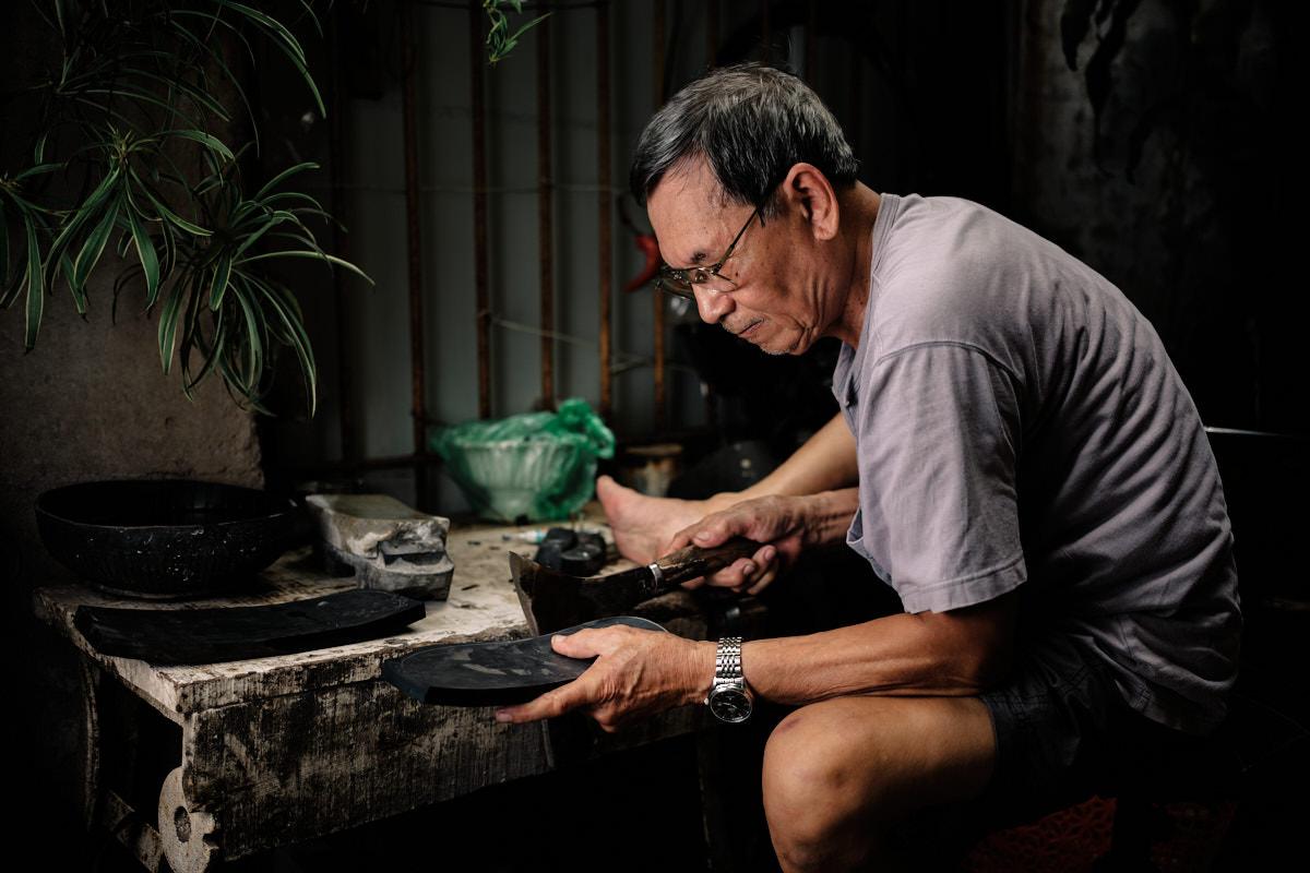Rubber Sandal Maker - Pham Quan Xuan at Work