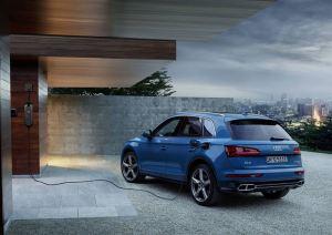 Uusi Audi Q5 55 TFSI e quattro – taloudellisuutta ja suorituskykyä ladattavalla hybridillä
