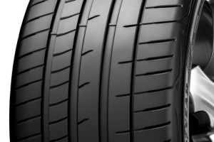 Goodyear Eagle F1 SuperSport RS -rengas: kehitetty Porsche 911 GT2 RS:lle ja GT3 RS:lle