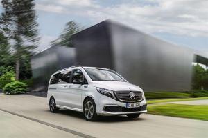 Mercedes-Benz EQV: Ensimmäinen täyssähköinen premium-tila-auto maailman ensiesittelyssä