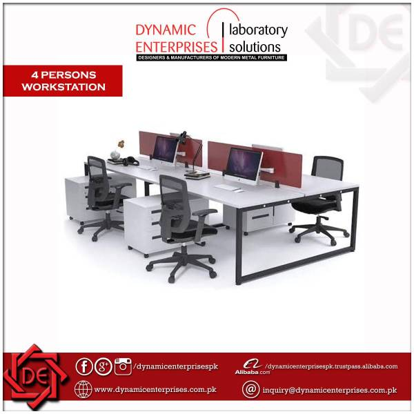 4 Persons Workstation with Side Tables
