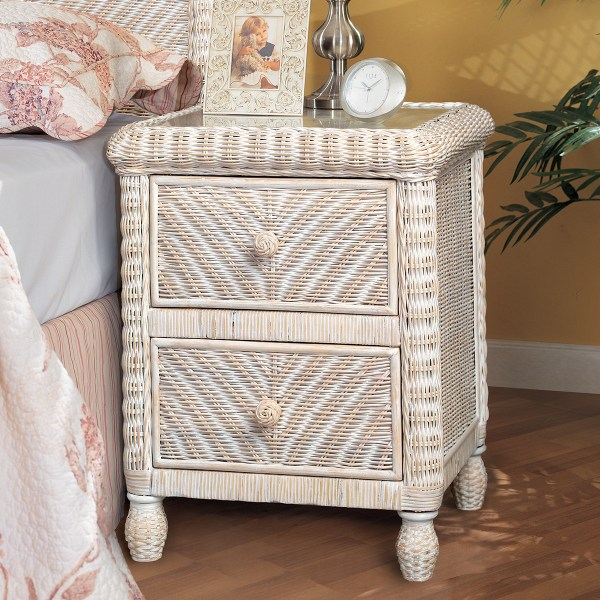 Sea Winds B57932-ww Santa Cruz 2 Drawer Nightstand In White Wicker With Glass Top