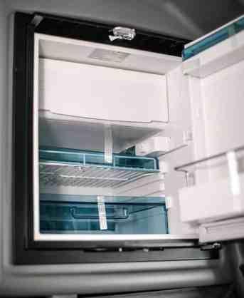 Peterbilt 389 refrigerator