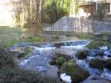 Vue sur la rivière Tiretaine qui traverse le site industriel Michelin (Carmes et Cataroux)