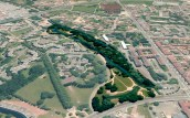 Reyssouze : vue aérienne (GoogleEarth) du parc des Daudières à Bourg-en-Bresse et de la rivière le traversant.