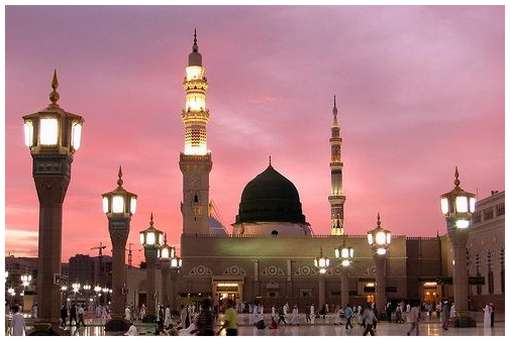 Most-Magnificent-Mosques-in-the-World-15