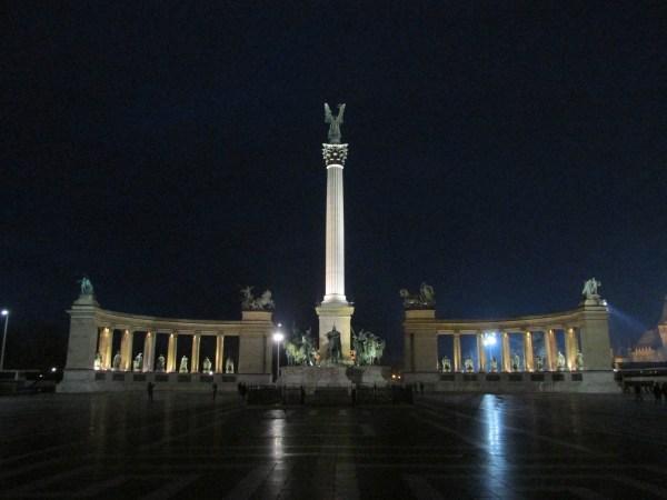 Trg Heroja, Budimpešta