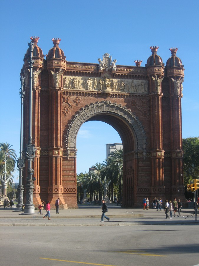 Barcelona Architectural Tours  earchitect