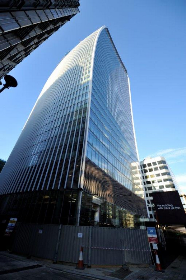 Walkie Talkie Building London 20 Fenchurch Street  e