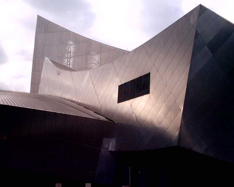 Imperial War Museum Manchester earchitect