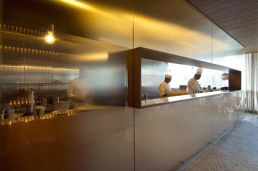 kitchen pendant showroom forneria são paulo - sao restaurant e-architect