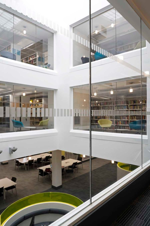 University Of Stirling Library Building - -architect