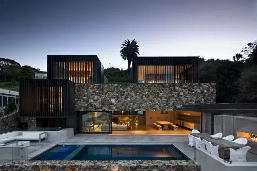 Local Rock House on Waiheke Island earchitect