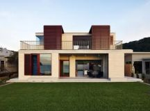 Block House on Pearl Beach - e-architect