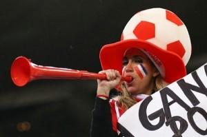 sexy_world_cup_fans_vuvuzela