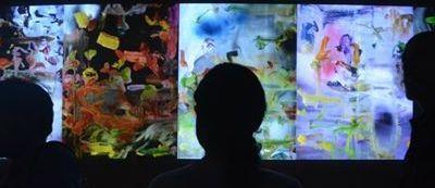Medios audiovisuales y Arte contemporáneo: la instalación como dispositivo.