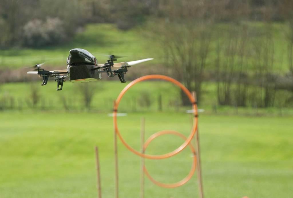 Chalenge High Tech Animation de groupe pour entreprise - Drone, segway, tir laser, orientation GPS Team building Lyon