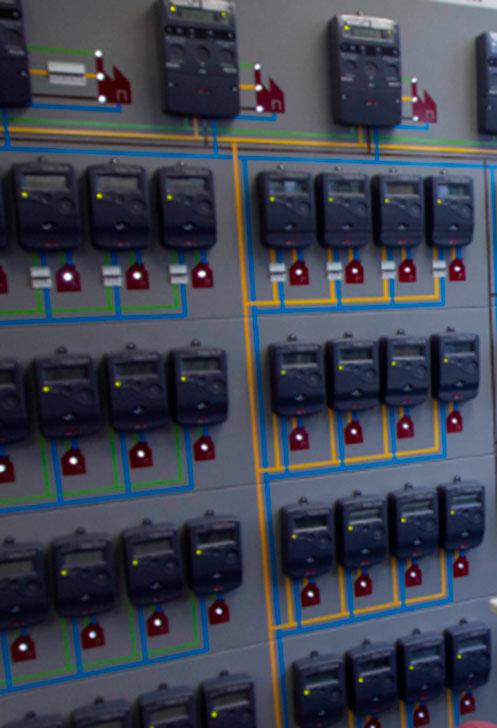 Contadores de energía eléctrica.         Cortesía de ZIV