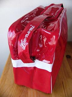 エネメルバッグの個人刺繍