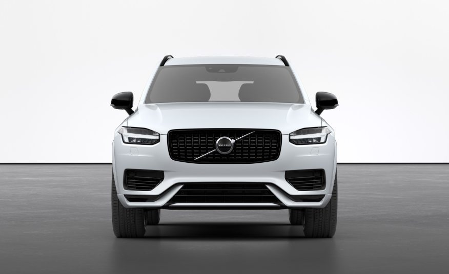 Volvo XC90 Recharge R-Design Réunion by e-runcars