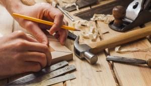 Измервателни инструменти за дърводелци