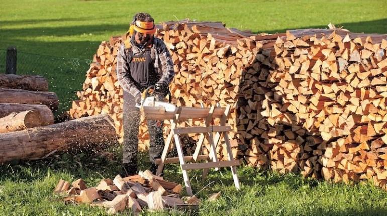 Дърва за огрев за зимата