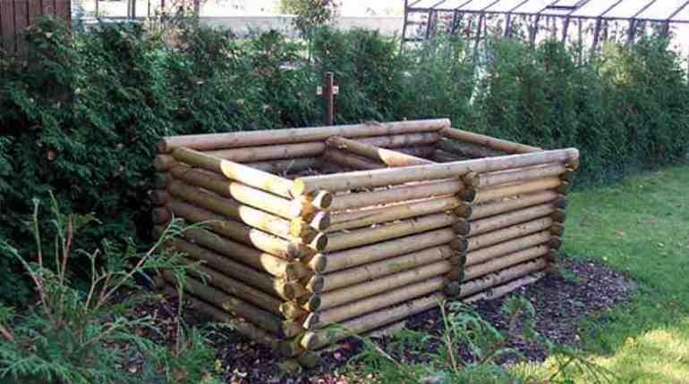 Дървен компостер