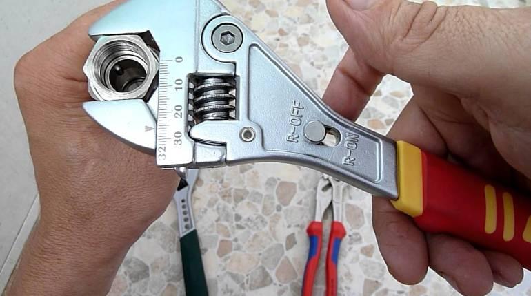 Специализирани гаечни ключове - често използвани видове
