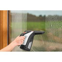 Карантина - много свободно време Почистване на прозорци и дограма с BOSCH