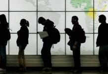 Τράπεζα της Ελλάδος: 500.000 νέοι Έλληνες μετανάστες-Φεύγουν 50.000 κάθε χρόνο.. TYXAIO;;
