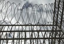 Και η Βρετανία θα προχωρήσει σε αποσυμφόρηση των φυλακών