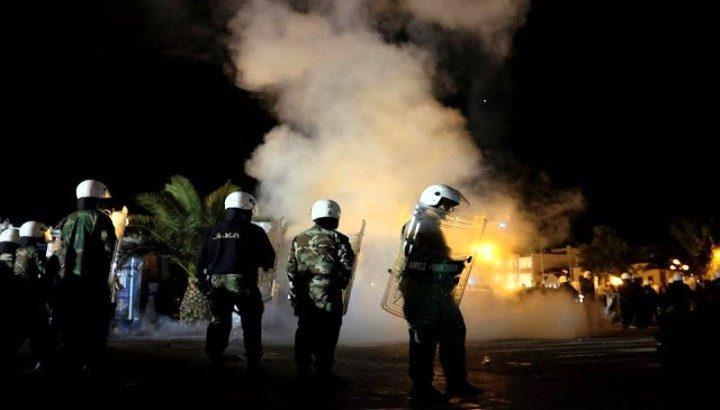 Έκαψαν τη Μόρια κατέλαβαν την ΔΕΗ οι λαθροεισβολείς στην Μυτιλήνη ΕΤΟΙΜΟΙ ΝΑ
